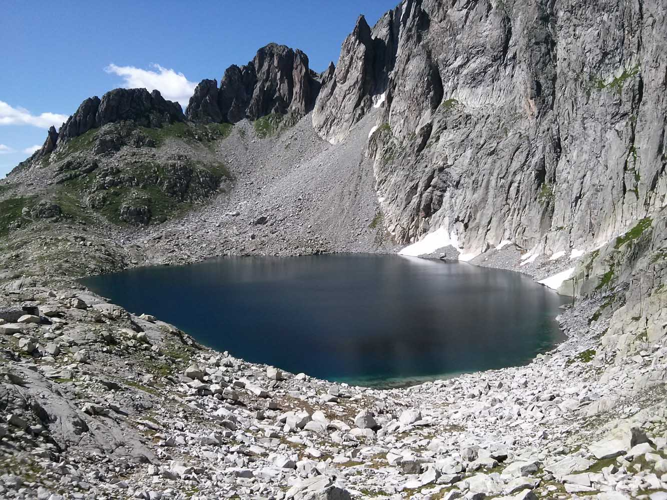 Lago-cima-asta